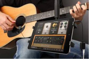 image of iRig Acoustic Mic and AmpliTube Acoustic App