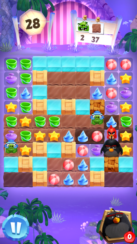 Image of Angry Birds Match Level with Black Bird and Pigs