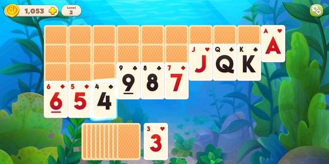 Undersea Solitaire Tripeaks Hand of Cards